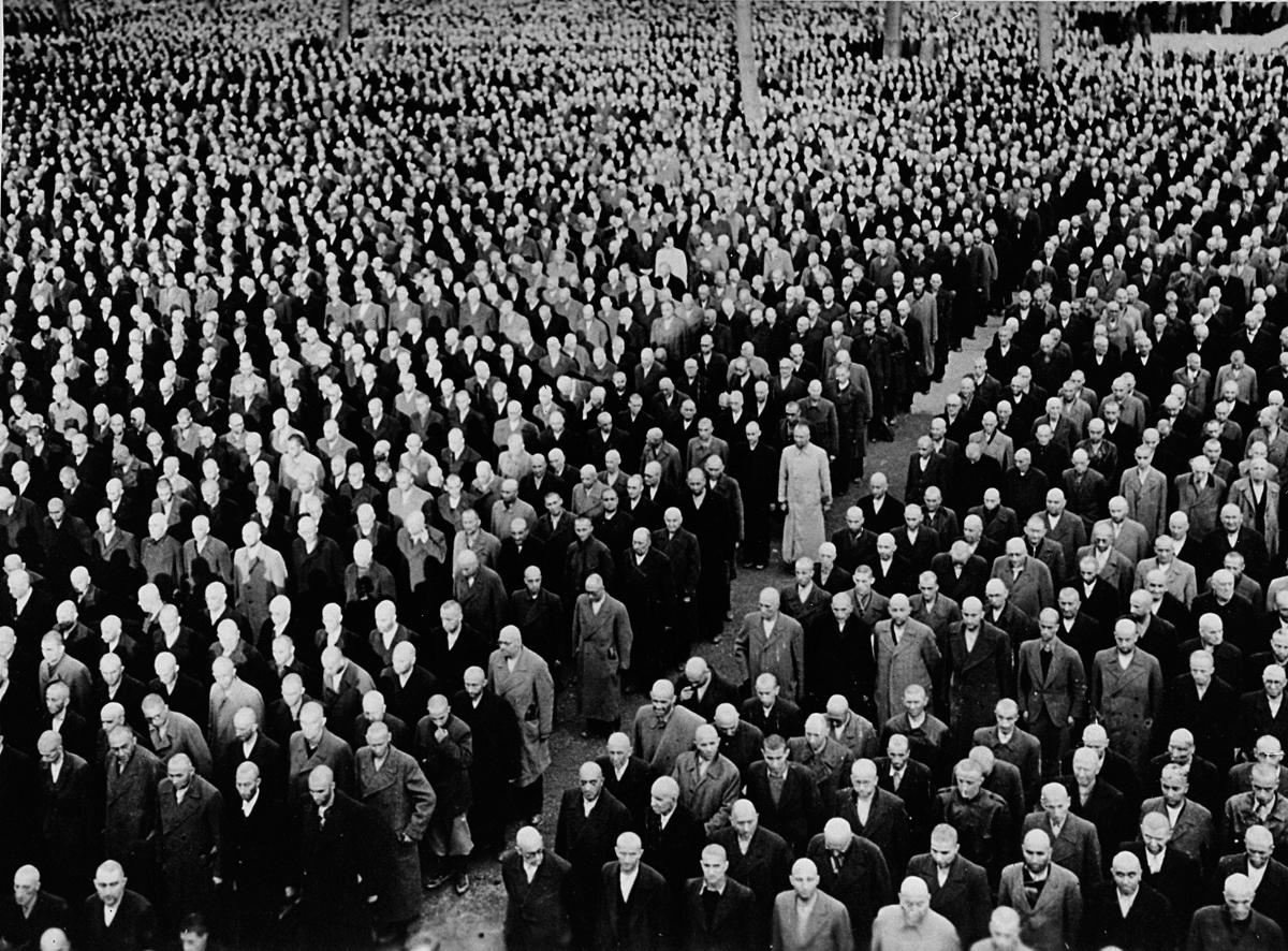 multitud mitin