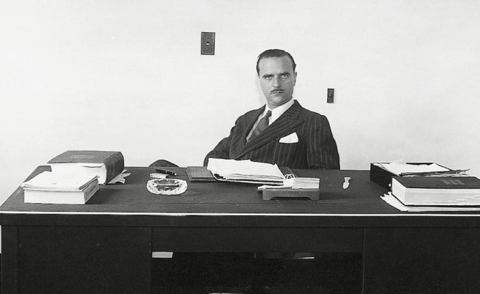 Angel Sanz Briz at his desk