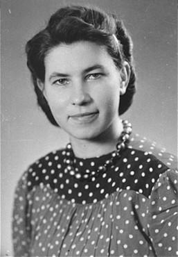 Hildegard Kusserow fue encarcelada por cuatro años en varios campos de concentración incluyendo Ravensbrueck.