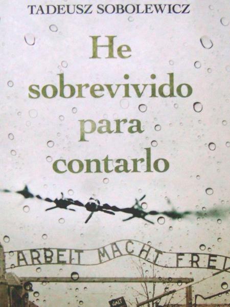 Auschwitz-Exhibition-librería-he-sobrevivido-para-contarlo